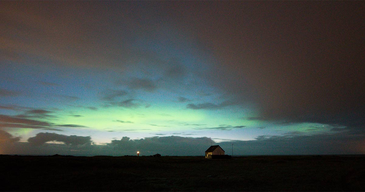 Using Cloud Cover Forecast for Aurora Hunting